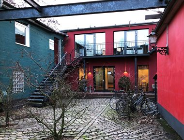 Büro Hamburg Außenansicht | CROSSMEDIA GmbH